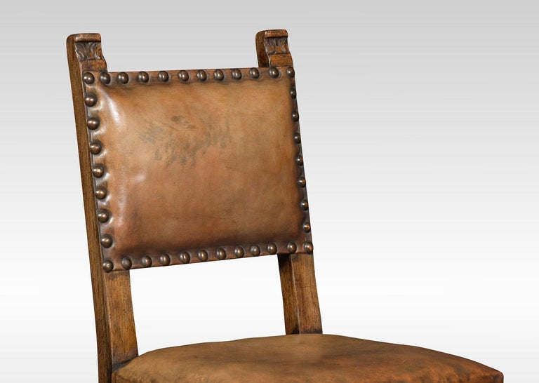 Set of Eight Carved Oak Dining Chairs In Good Condition For Sale In Cheshire, GB