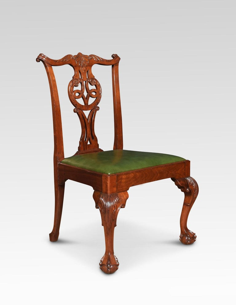 Set of Eight Chippendale Style Dining Chairs In Good Condition For Sale In Cheshire, GB
