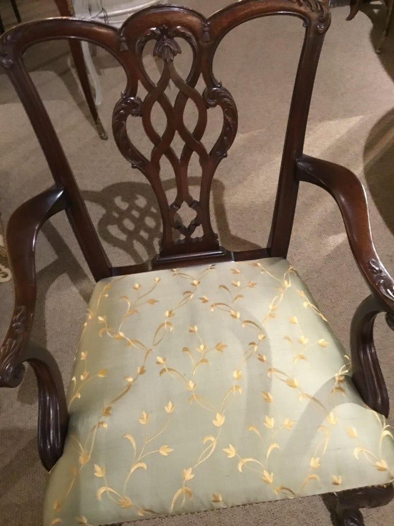 Set of Eight Chippendale-Style Mahogany Armchairs For Sale 2