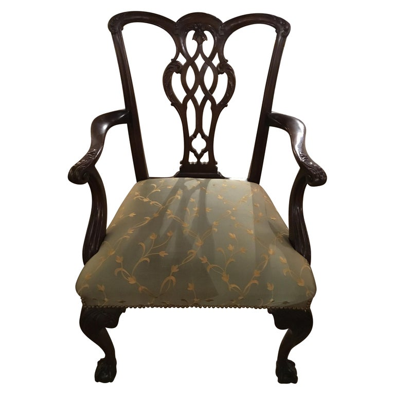 Set of Eight Chippendale-Style Mahogany Armchairs For Sale