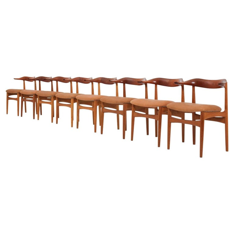 """Set of Eight Danish Dining Chairs """"Cowhorn Chair"""" by Knud Faerch For Sale"""
