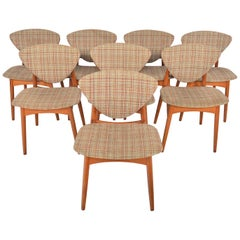 Set of Eight Danish Modern Shield Back Midcentury Dining Chairs in Teak