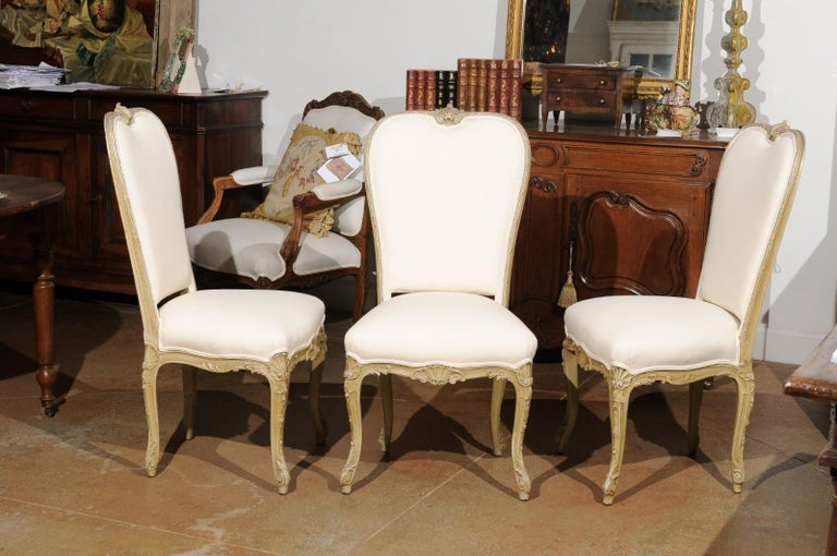 French Set of Eight Early 20th Century Painted and Carved Dining Chairs from Marseille For Sale
