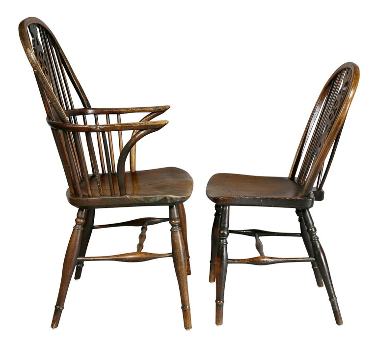 Set of Eight Elm And Oak Windsor Dining Chairs For Sale 3