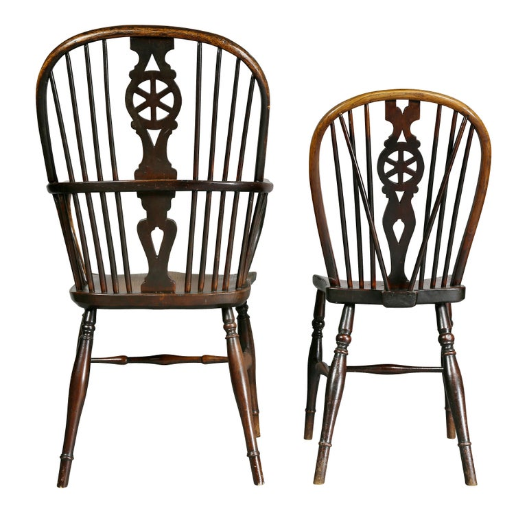 Set of Eight Elm And Oak Windsor Dining Chairs For Sale 5