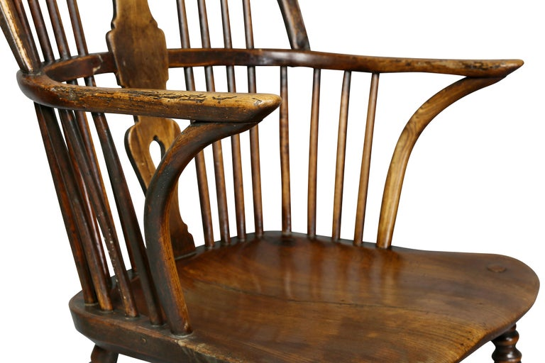 English Set of Eight Elm And Oak Windsor Dining Chairs For Sale