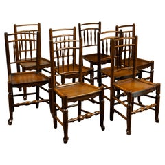 Set of Eight English 1880s Oak Dining Room Side Chairs with Spindle Motifs