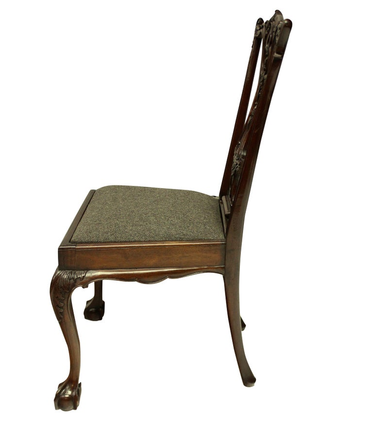 19th Century Set of Eight English Chippendale Style Carved Mahogany Dining Chairs