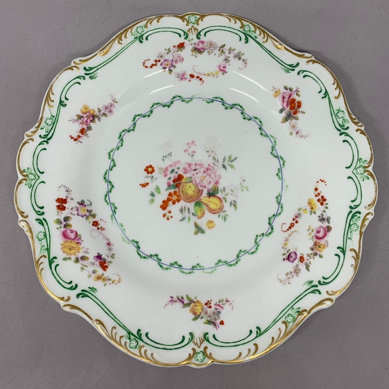 Set of Eight English Plates In Good Condition For Sale In New York, NY