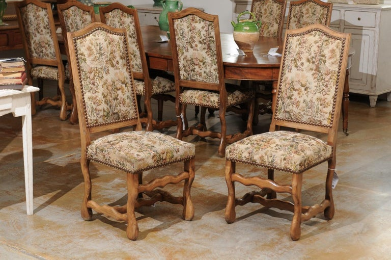 Set of Eight French Louis XIII Style Os de Mouton Dining Chairs with Tapestry For Sale 6