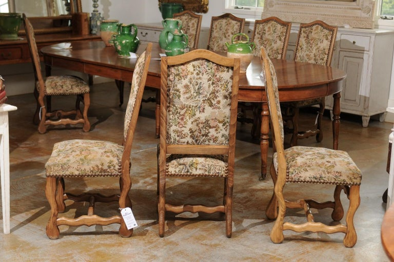 Set of Eight French Louis XIII Style Os de Mouton Dining Chairs with Tapestry For Sale 1