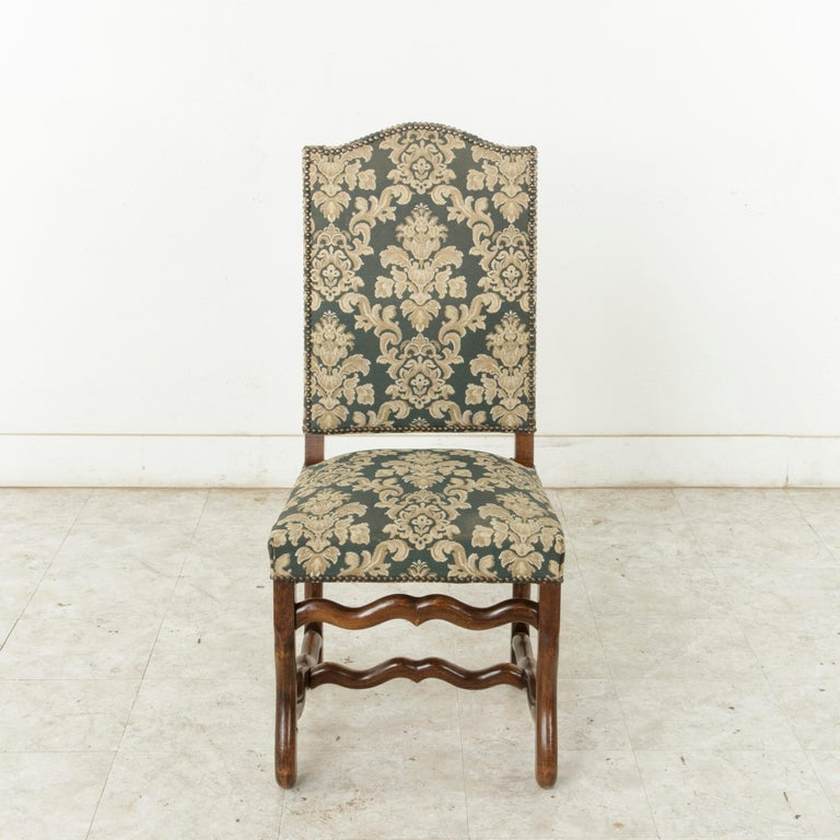 Set of Eight French Louis XIV Style Mutton Leg Side Chairs, Dining Chairs In Good Condition For Sale In Fayetteville, AR