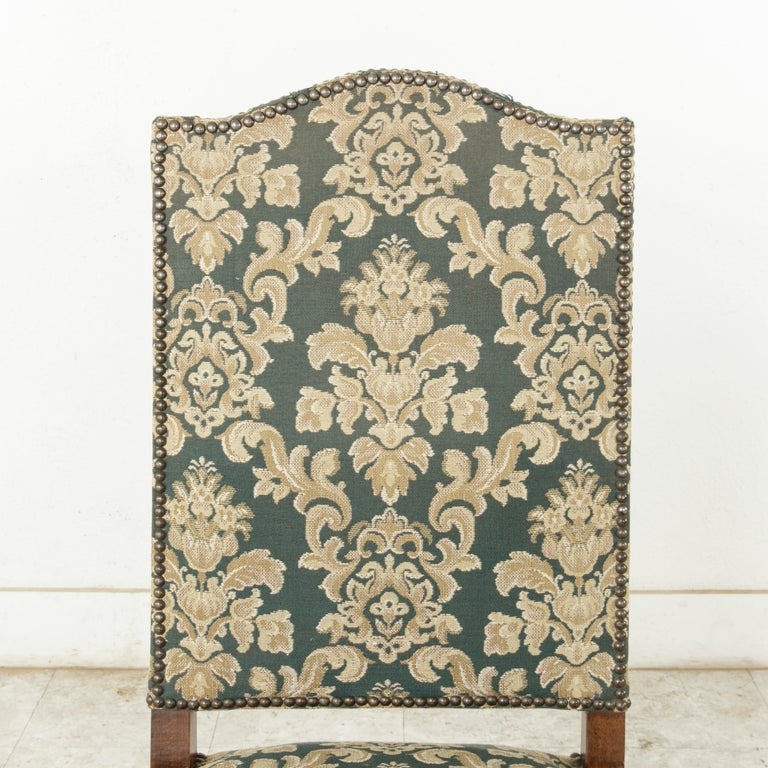 Set of Eight French Louis XIV Style Mutton Leg Side Chairs, Dining Chairs For Sale 3