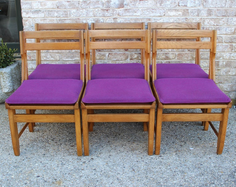 Set of Eight French Oak Dining Chairs by Guillerme et Chambron In Good Condition For Sale In East Hampton, NY