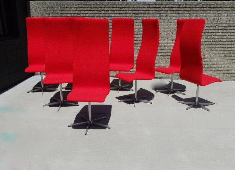 Set of Eight Freshly Restored Arne Jacobsen Fritz Hansen High Back Oxford Chairs For Sale 3