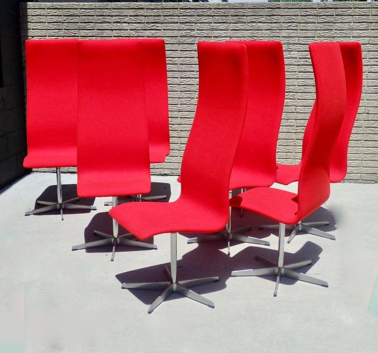 Set of Eight Freshly Restored Arne Jacobsen Fritz Hansen High Back Oxford Chairs For Sale 5