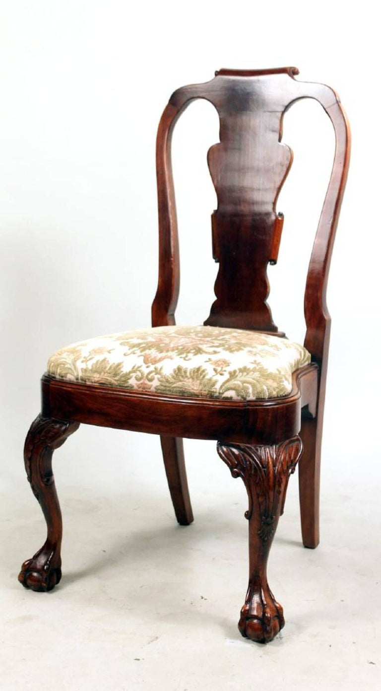 20th Century Set of Eight George I Style Carved Mahogany Dining Chairs For Sale