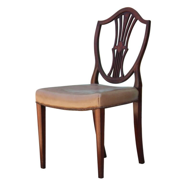 20th Century Set of Eight George III Hepplewhite Mahogany Shield Back Dining Chairs Leather  For Sale
