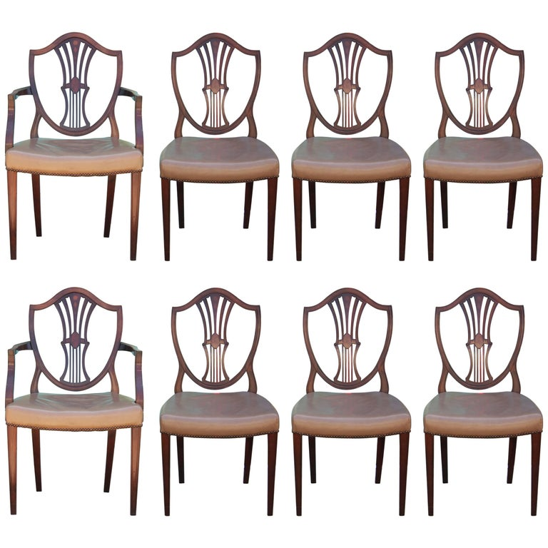 Set of Eight George III Hepplewhite Mahogany Shield Back Dining Chairs Leather  For Sale