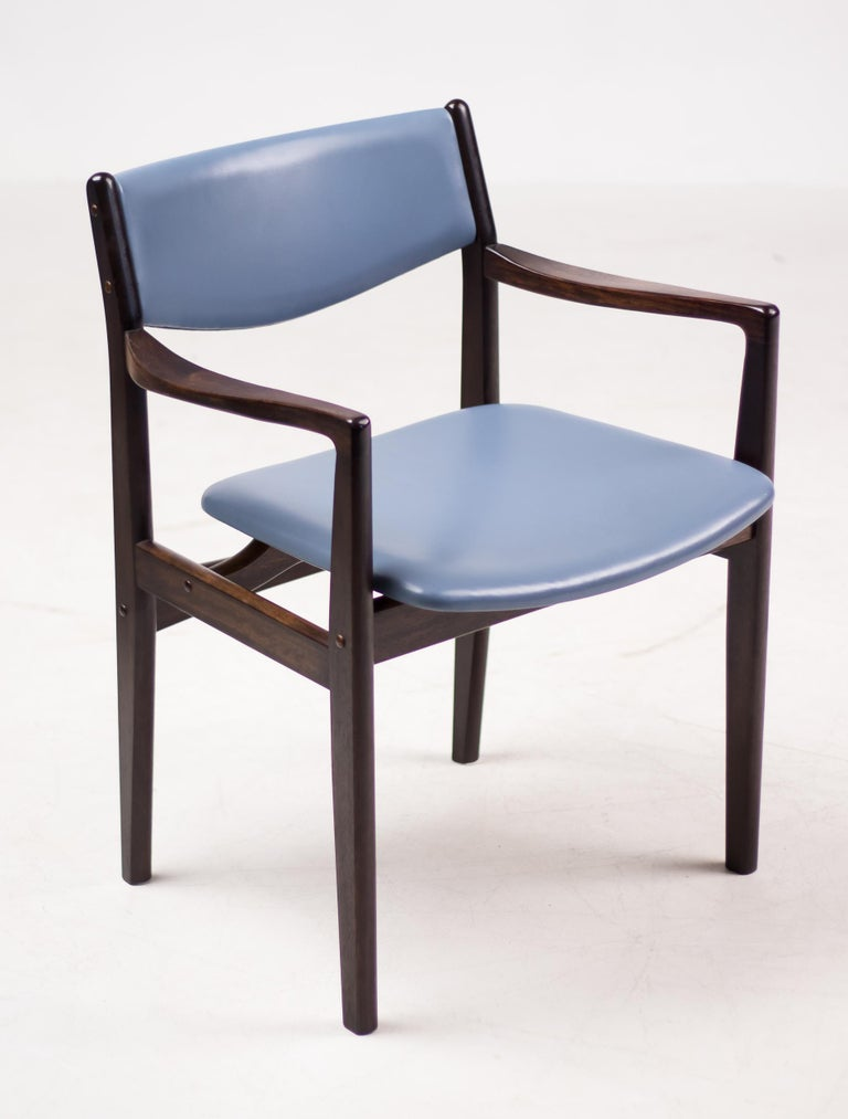 Scandinavian Modern Set of Eight Godtfred Petersen Armchairs in Mahogany and Baby Blue Leather For Sale