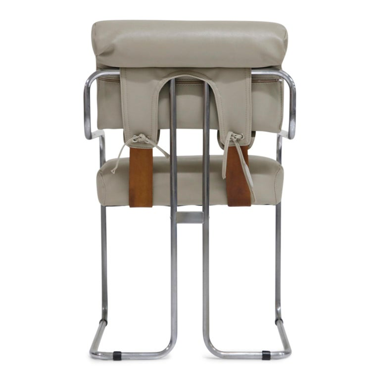 Faux Leather Set of Eight Guido Faleschini for i4 Mariani Grey Tucroma Dining Room Chairs  For Sale