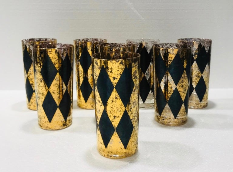 Set of Eight Hollywood Regency Barware Glasses in Gold and Black, 1960s For Sale 4