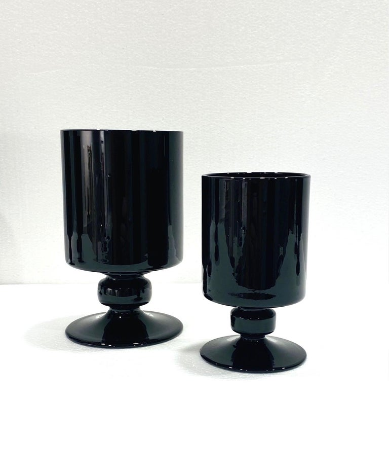 Set of Eight Hollywood Regency Black Opaque Crystal Stemware Glasses circa 1980s For Sale 2
