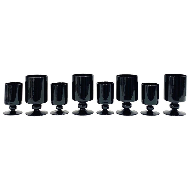 Set of Eight Hollywood Regency Black Opaque Crystal Stemware Glasses circa 1980s For Sale