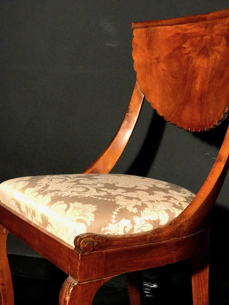 Set of Eight Italian Chairs and a Pair of Armchairs For Sale 5