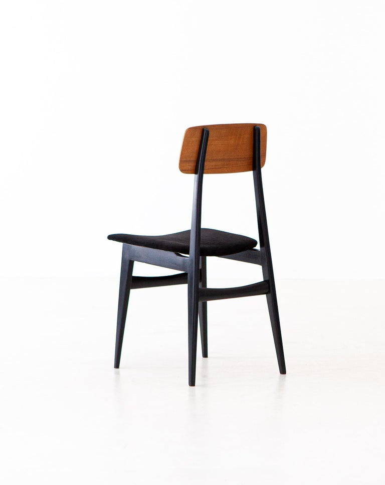 Mid-20th Century Set of Eight Italian Dining Chairs, 1950s For Sale