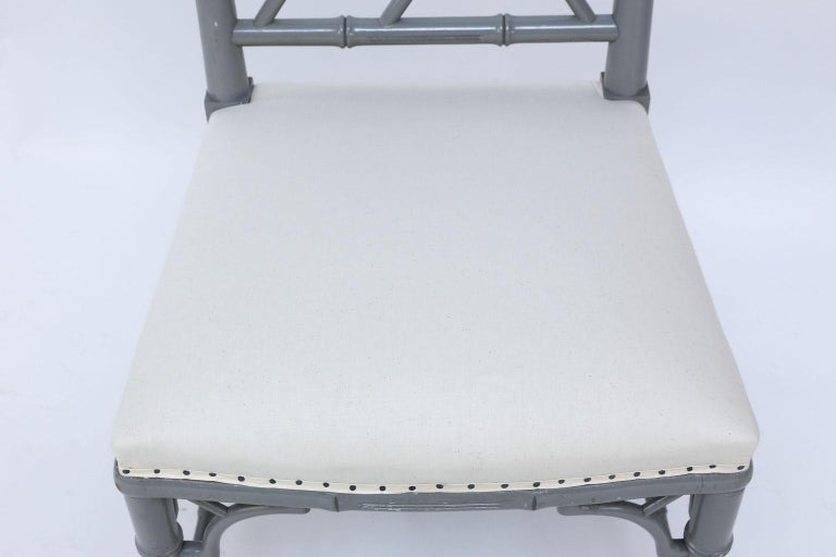 Set of Eight-Light Gray Lacquered Dining Chairs For Sale 7