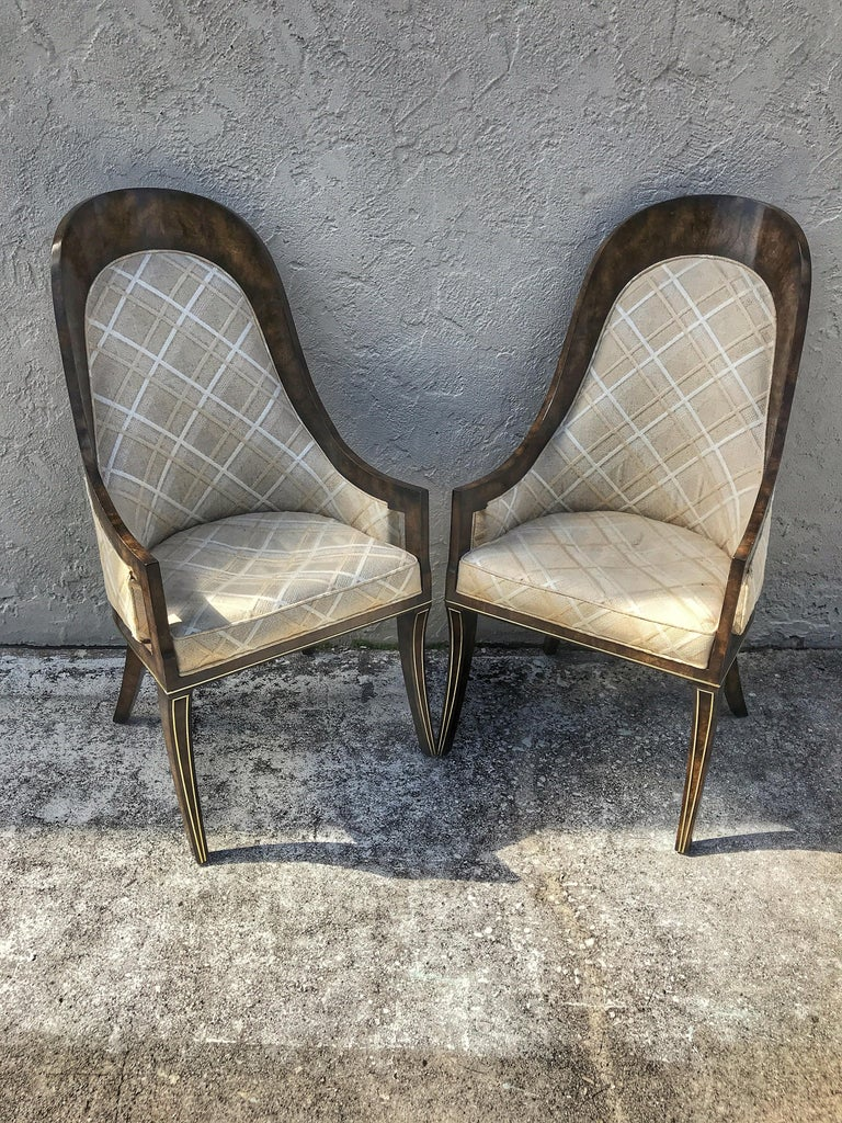 Set of eight Mastercraft Amboyna spoon back Dining room chairs, a rare find eight dining room chairs, consisting of two arm chairs (23.75