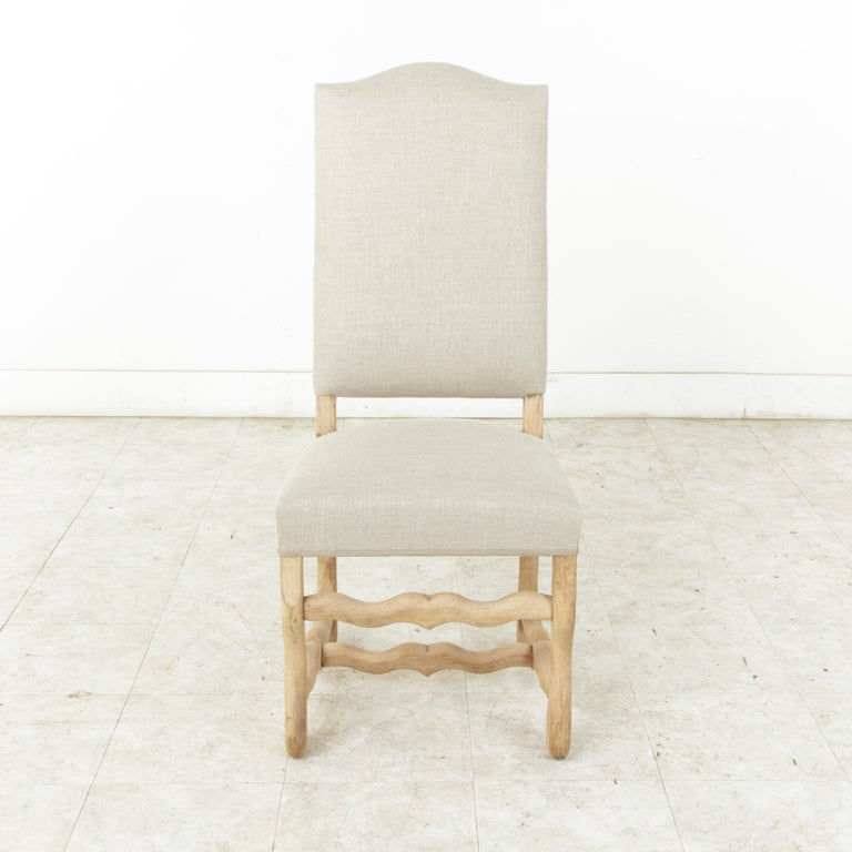 Louis XIV Set of Eight Midcentury French Oak Mutton Leg Side Chairs, Dining Chairs, Linen For Sale