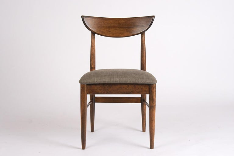 Set of Eight Mid-Century Modern Dining Chairs In Good Condition For Sale In Los Angeles, CA