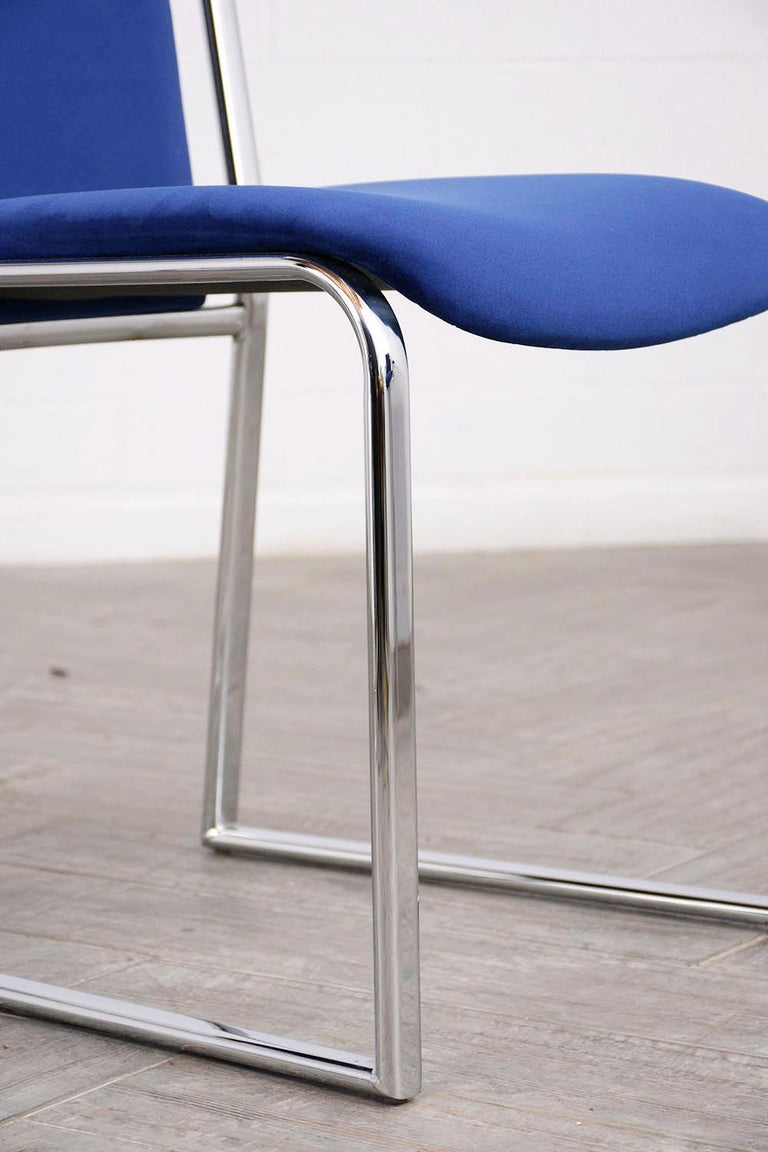 Vintage Set of Eight Modern Dining Chairs For Sale 4