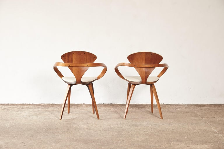 Set of Eight Norman Cherner Dining Chairs, Plycraft, USA, 1960s For Sale 5