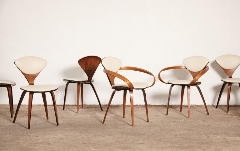 Mid-Century Modern Set of Eight Norman Cherner Dining Chairs, Plycraft, USA, 1960s For Sale