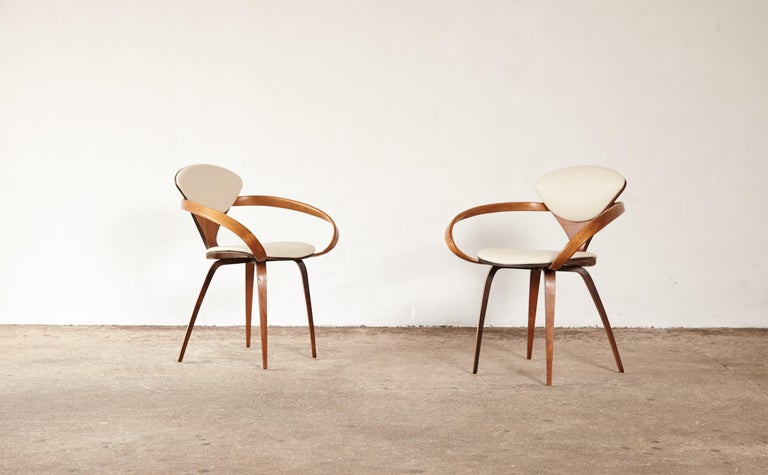 Set of Eight Norman Cherner Dining Chairs, Plycraft, USA, 1960s For Sale 2