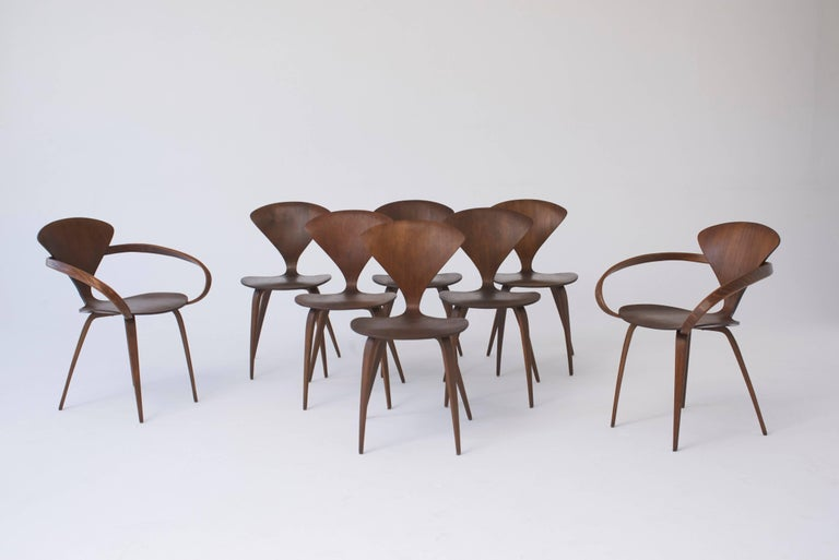 Mid-Century Modern Set of Eight Norman Cherner Dining Chairs, Made by Plycraft in the USA, 1960s For Sale