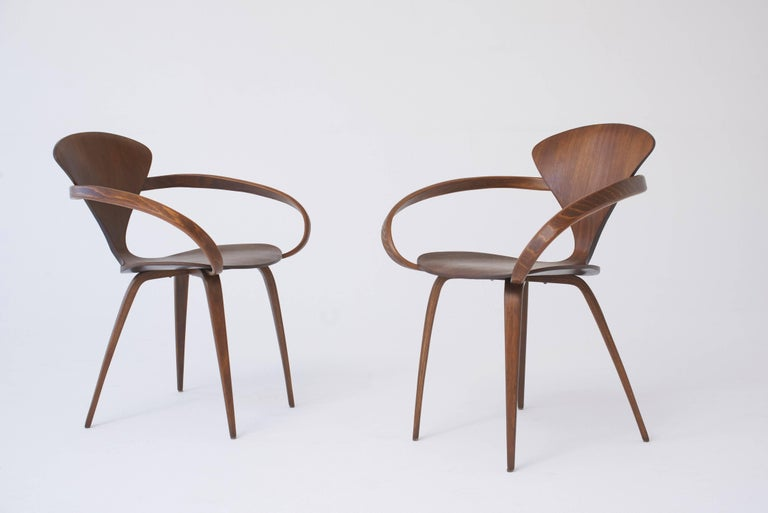 American Set of Eight Norman Cherner Dining Chairs, Made by Plycraft in the USA, 1960s For Sale
