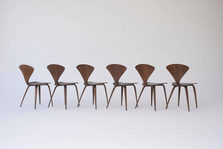 Wood Set of Eight Norman Cherner Dining Chairs, Made by Plycraft in the USA, 1960s For Sale