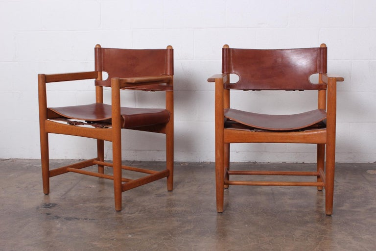 Set of Eight Oak and Leather Chairs by Børge Mogensen For Sale 6