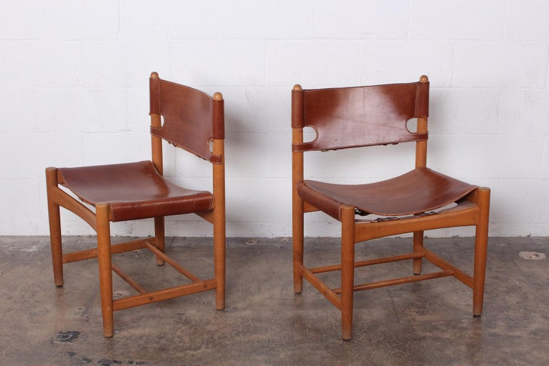 Set of Eight Oak and Leather Chairs by Børge Mogensen In Good Condition For Sale In Dallas, TX