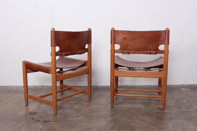 Set of Eight Oak and Leather Chairs by Børge Mogensen For Sale 2