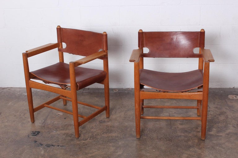 Set of Eight Oak and Leather Chairs by Børge Mogensen For Sale 5