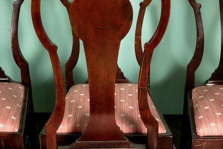 Set of Eight Queen Anne Style Cuban Mahogany Dining Chairs For Sale 6