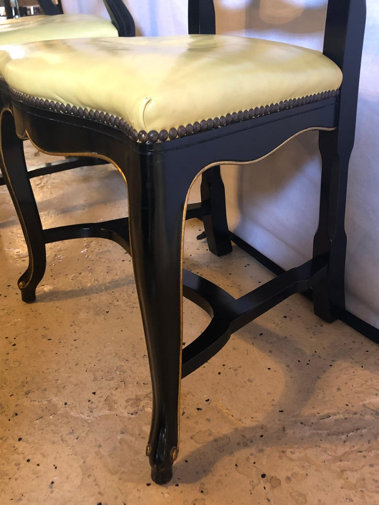 Set of Eight Queen Anne Style Ebonized and Gilt Decorated Dining Chairs For Sale 8