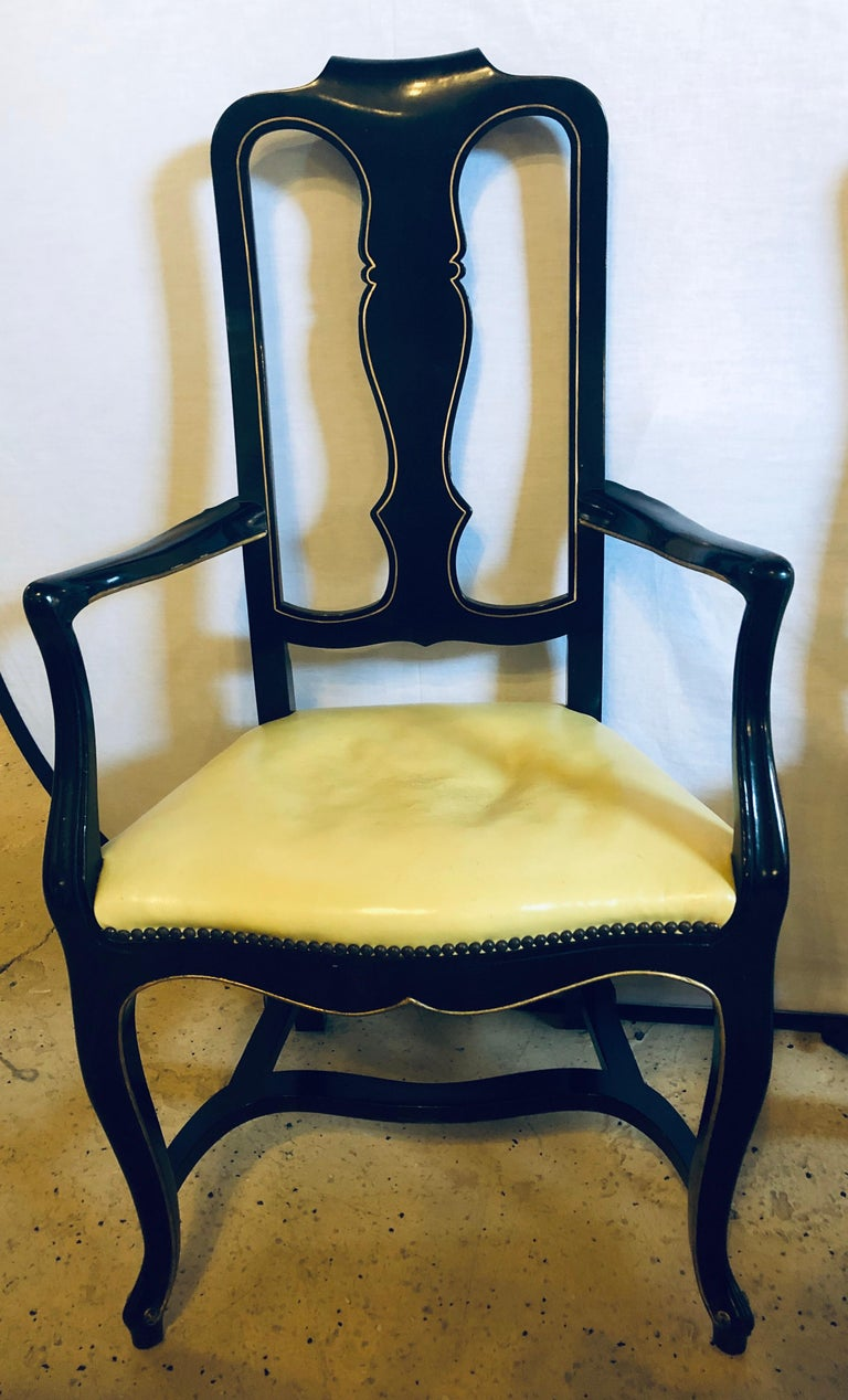 1940s Set of Eight Queen Anne Style Ebonized and Gilt Decorated Dining Chairs For Sale
