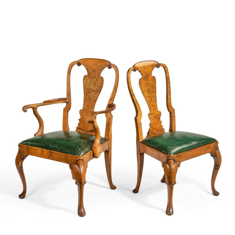 English Set of Eight Queen Anne Style Walnut and Figured Elm Vase Splat Dining Chairs For Sale