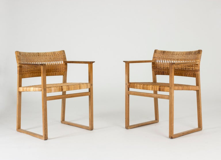 Set of Eight Rattan Dining Chairs by Børge Mogensen For Sale 4